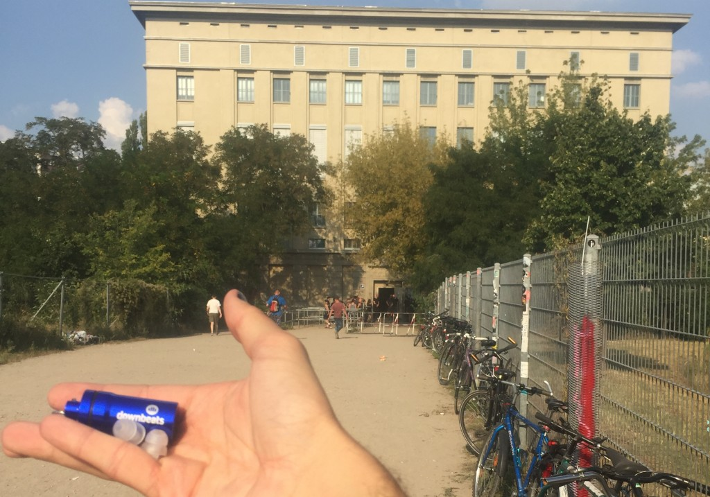 how to get inside berghain